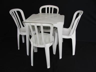 085136_351_Mesa 4 Cadeiras PLastico